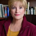 Gwen Farrell, CHt, RT